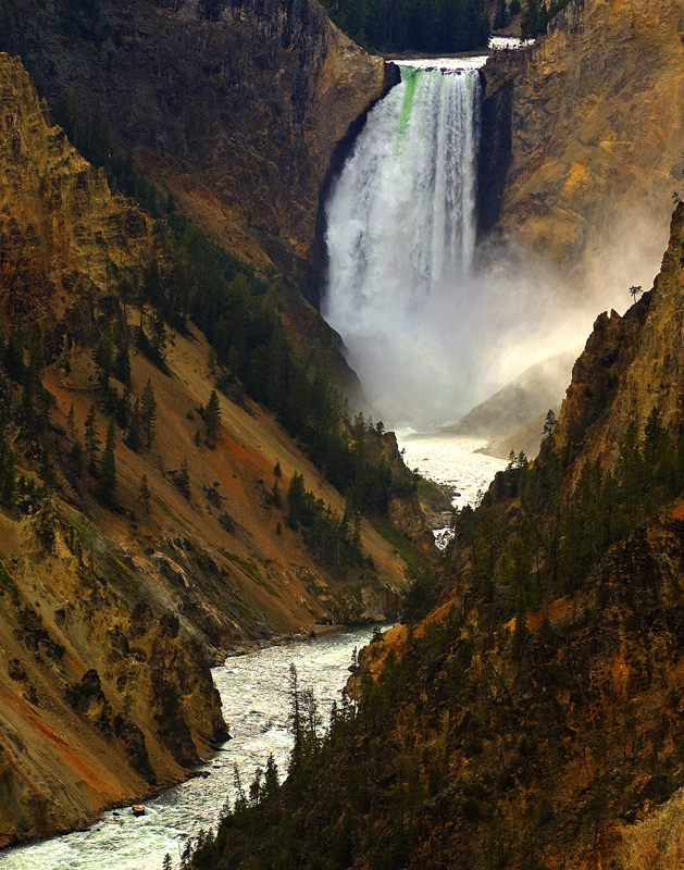 The Lower Falls of the Yellowstone River in Yellowstone National Park 08/29/2009 Jim Urquhart/Straylighteffect.com