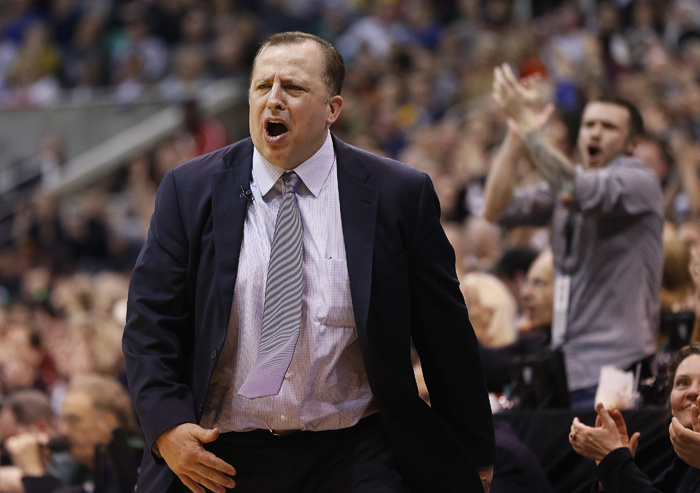 Chicago Bulls head coach Tom Thibodeau reacts to a call during the second half of their NBA basketball game against the Utah Jazz in Salt Lake City, Utah, February 8, 2013. REUTERS/Jim Urquhart (UNITED STATES)